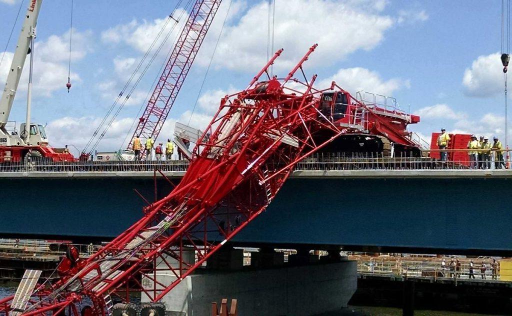 tappan-zee-bridge-crane